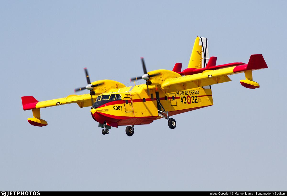 UD.14-02 - Canadair CL-415 - Spain - Air Force