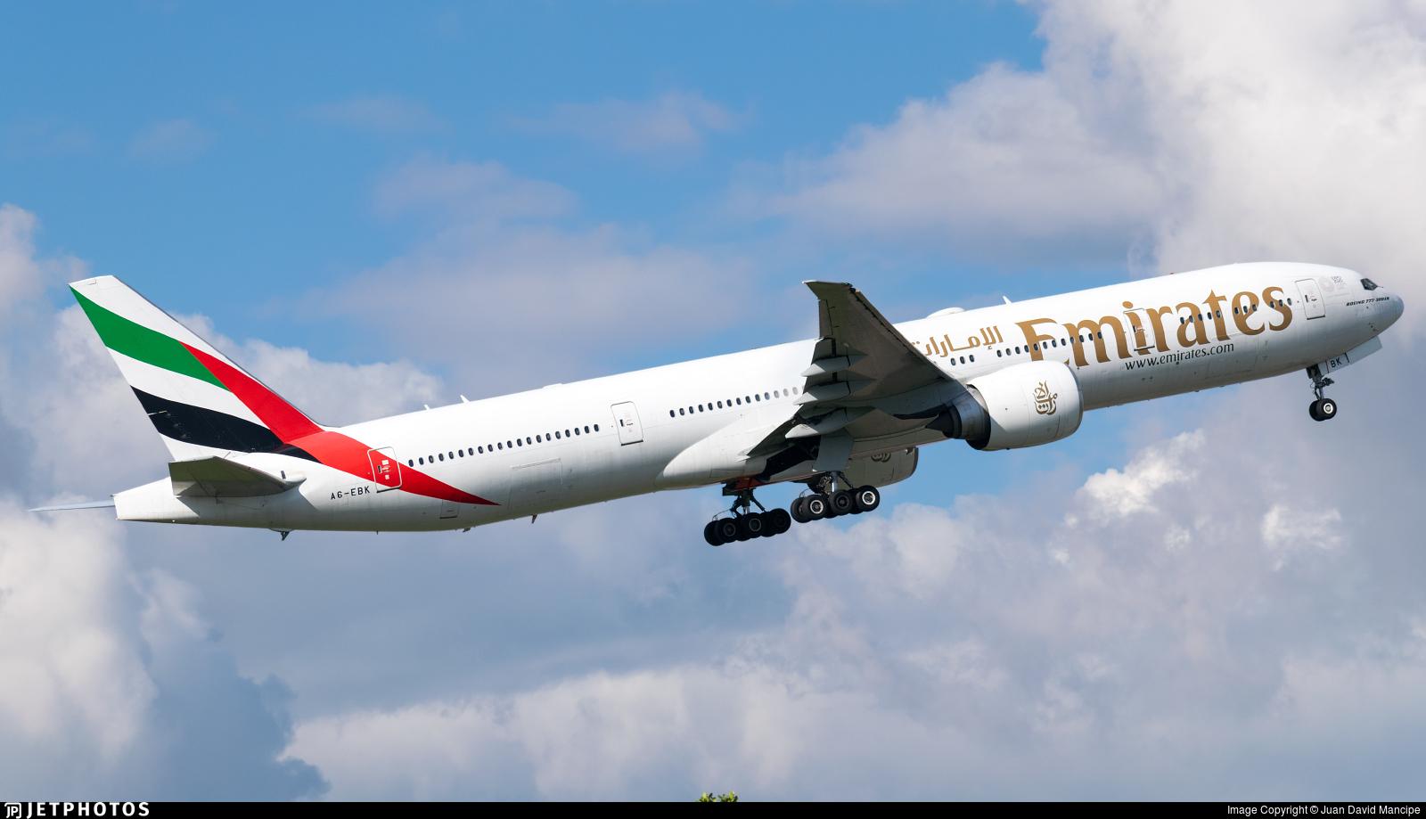 A6-EBK - Boeing 777-31HER - Emirates