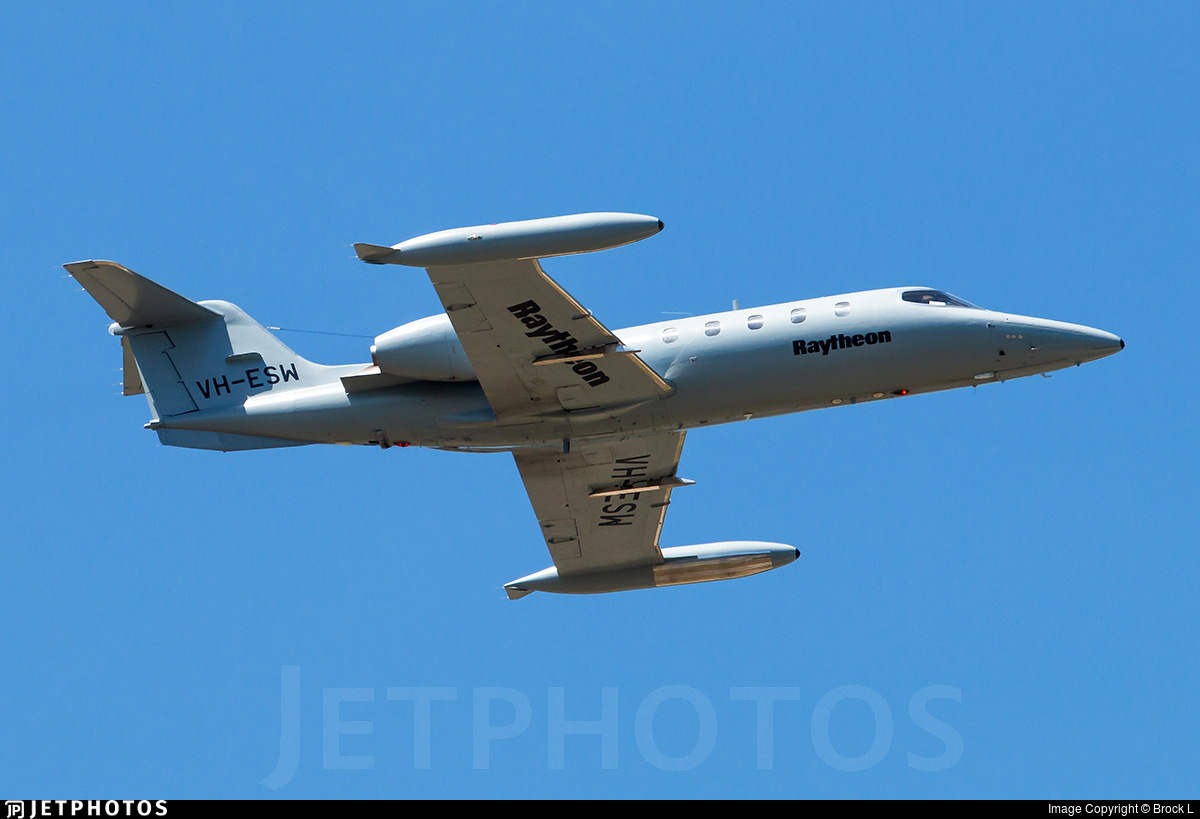 VH-ESW - Gates Learjet 35A - Private
