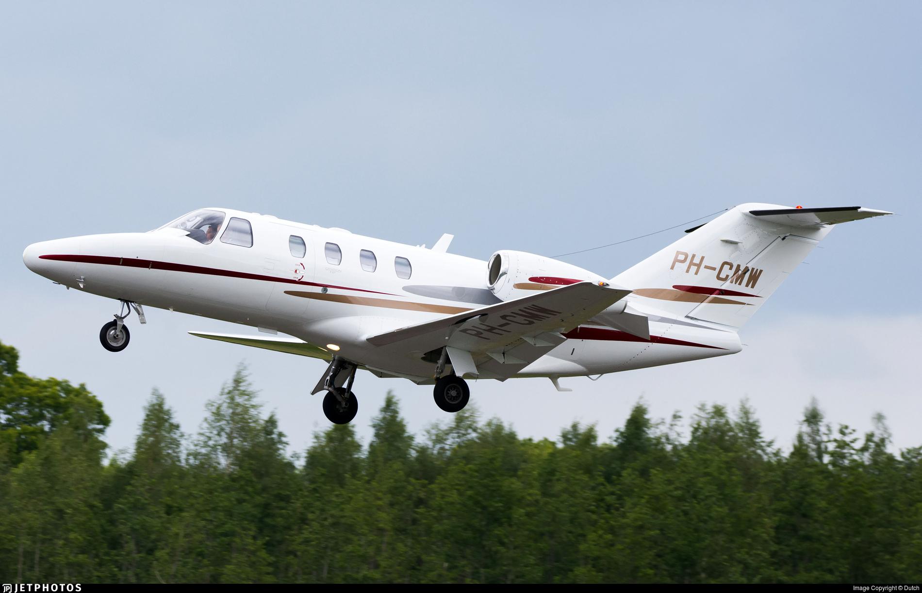 PH-CMW - Cessna 525 Citationjet CJ1 - Private