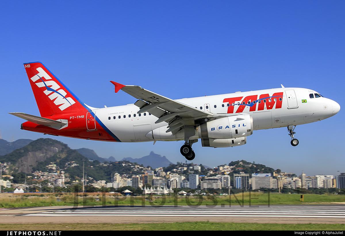 PT-TMB - Airbus A319-132 - TAM Linhas Aéreas