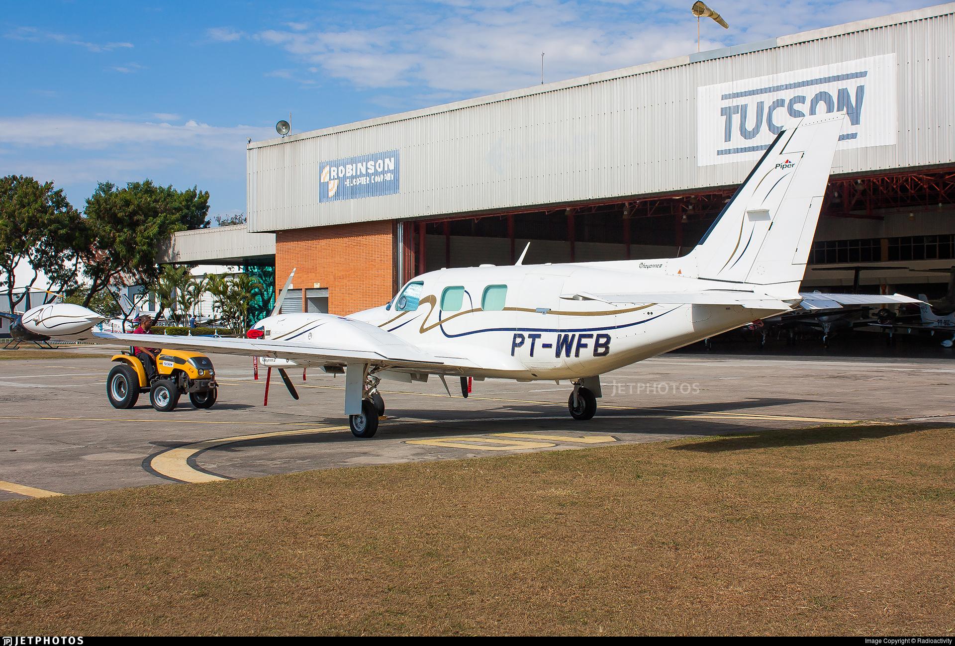 PT-WFB - Piper PA-31T Cheyenne II - Private