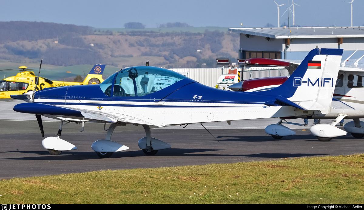 D-MIFI - Aerostyle Breezer C - Private
