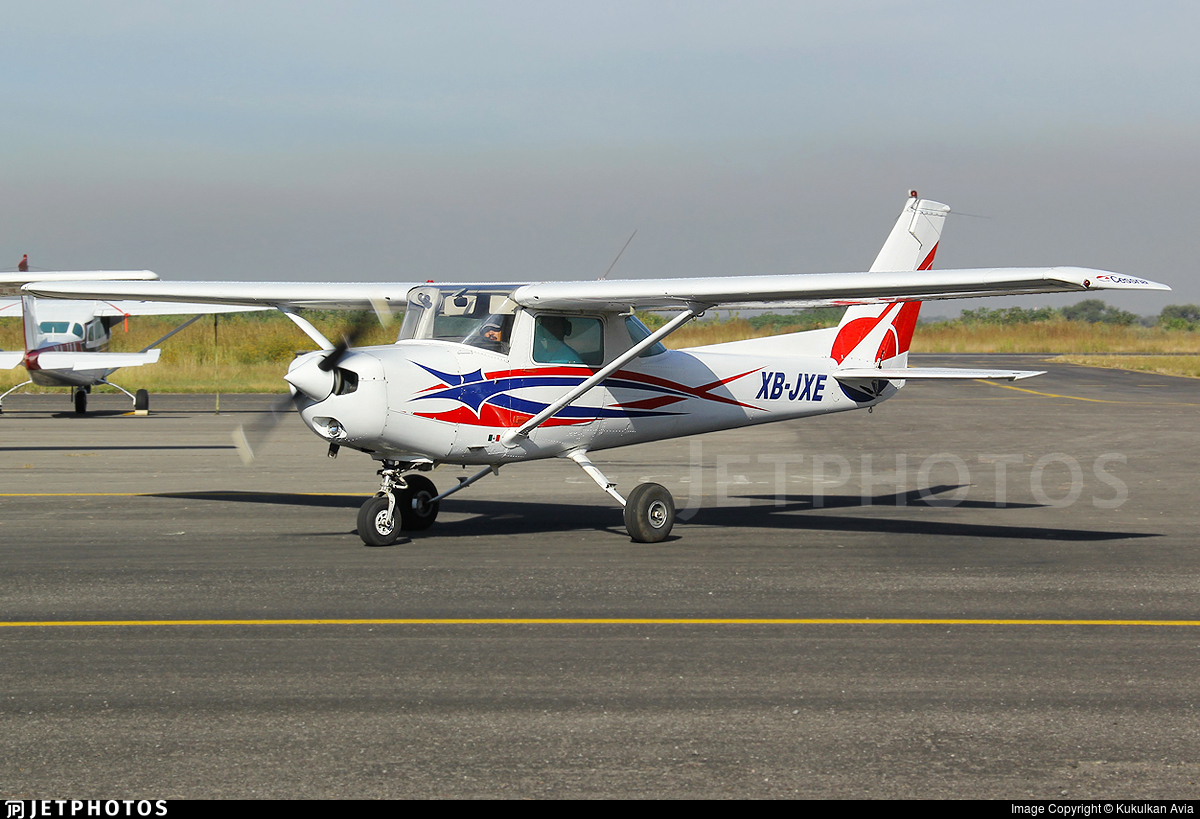 XB-JXE - Cessna 152 - Pro Vuelo Escuela de Aviacion