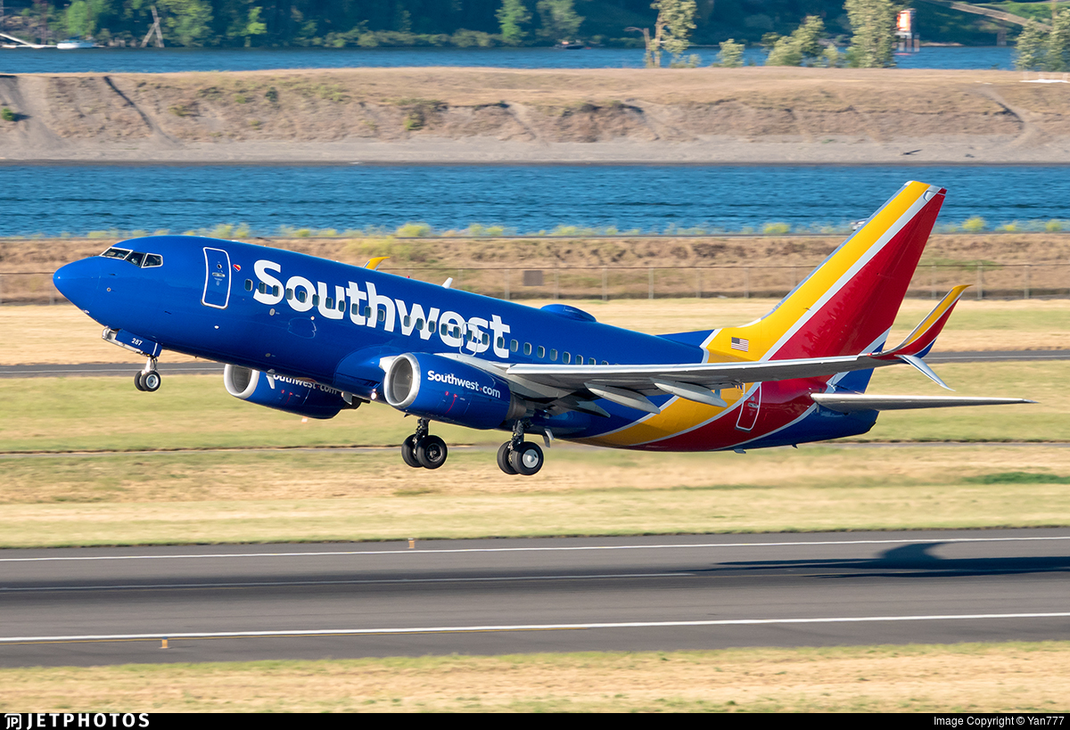 N287WN - Boeing 737-7H4 - Southwest Airlines