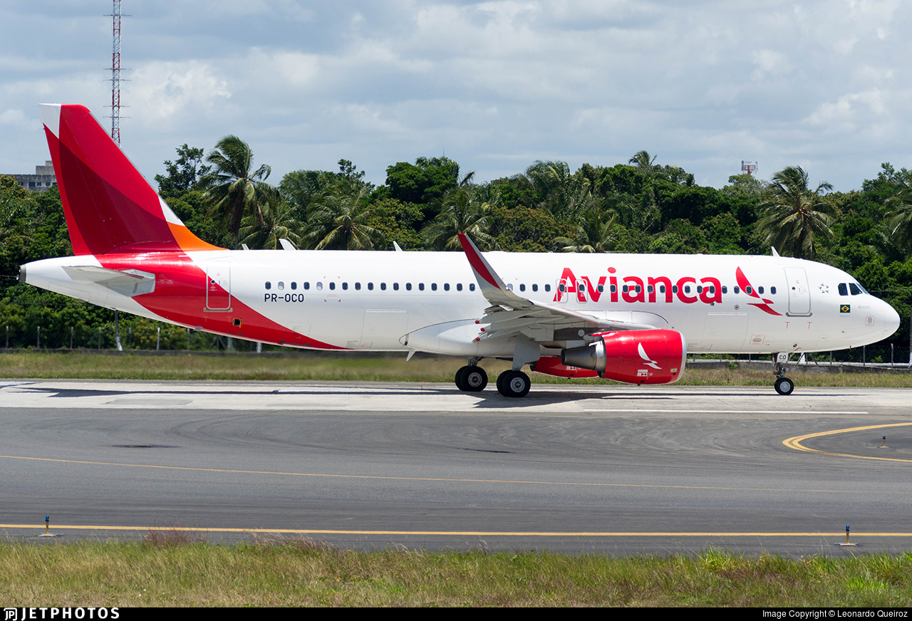 PR-OCO - Airbus A320-214 - Avianca Brasil