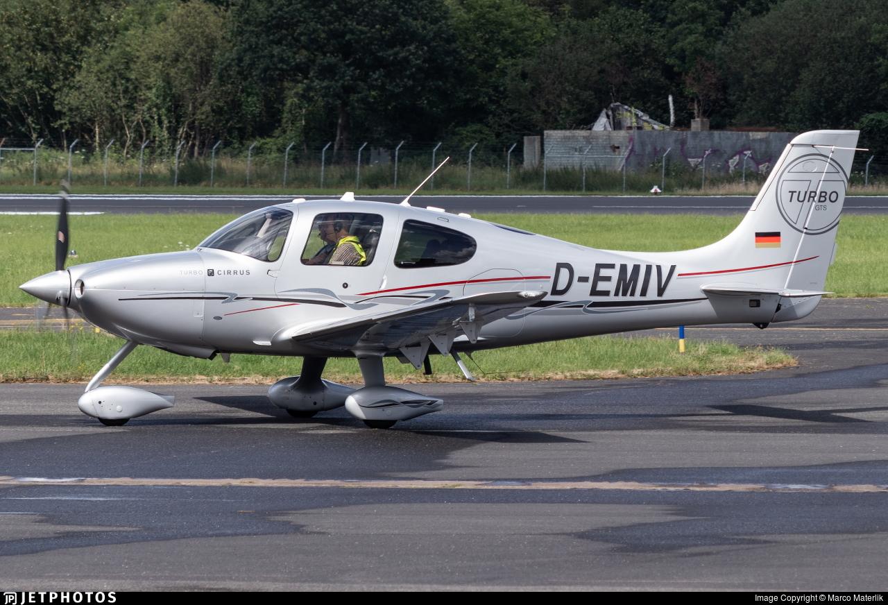 D-EMIV - Cirrus SR22-GTS Turbo - Private