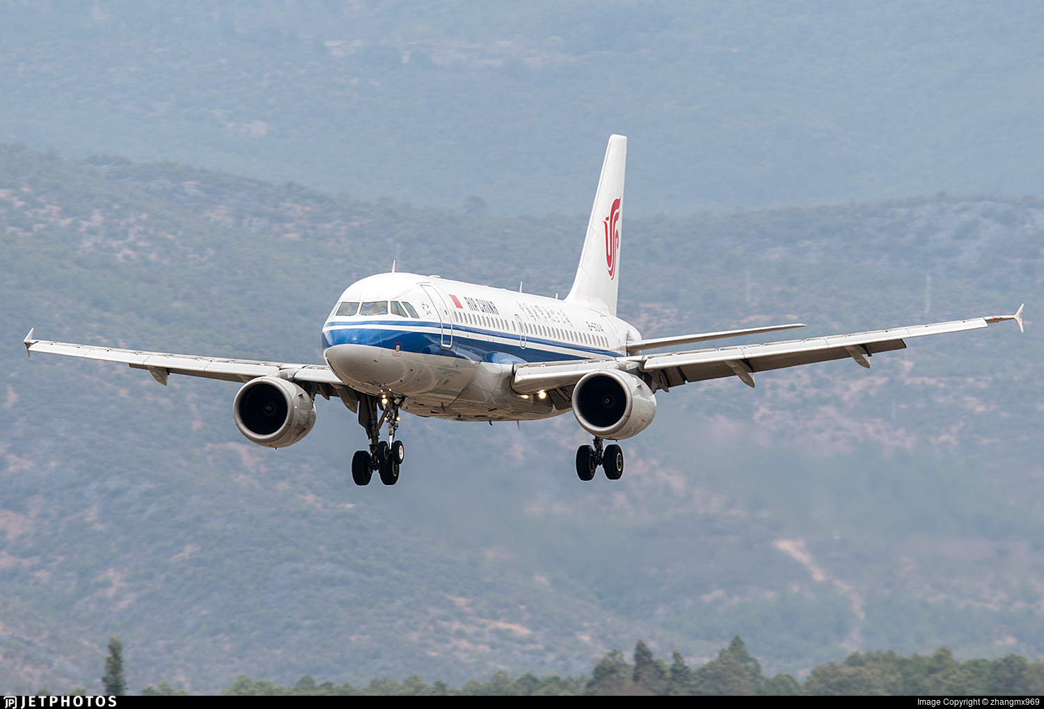 B-6014 - Airbus A319-115 - Air China