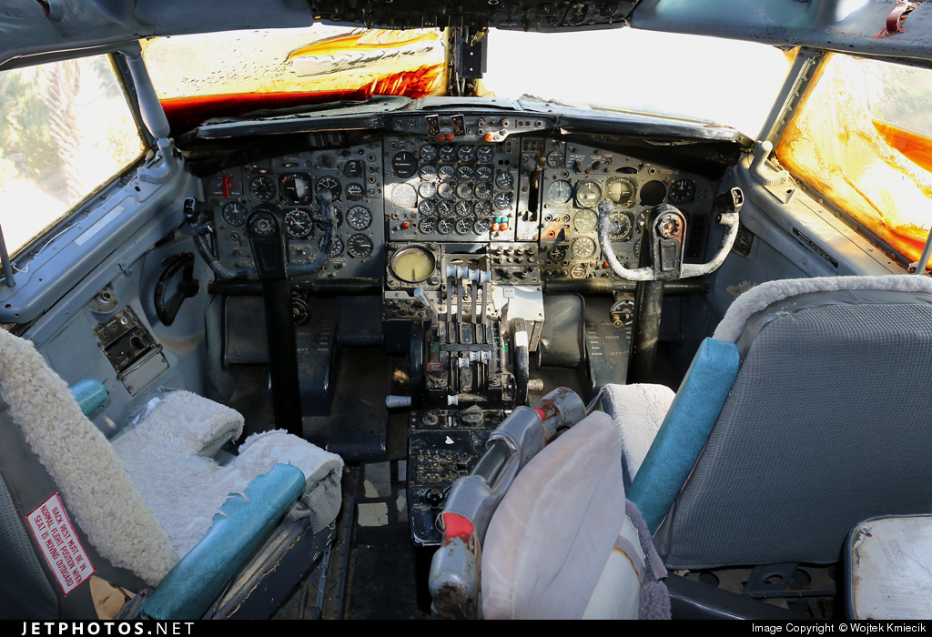 008 - Boeing EC-707 Re'em - Israel - Air Force
