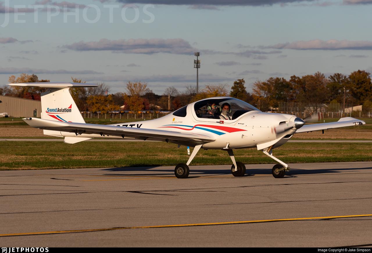 N107TX - Diamond DA-20-C1 Eclipse - Sweet Aviation