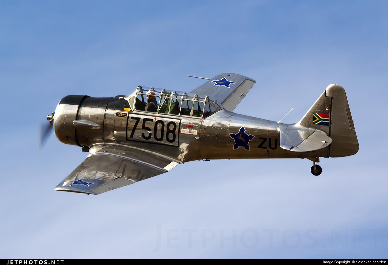 ZU-FLM - North American T-6 Harvard - Private