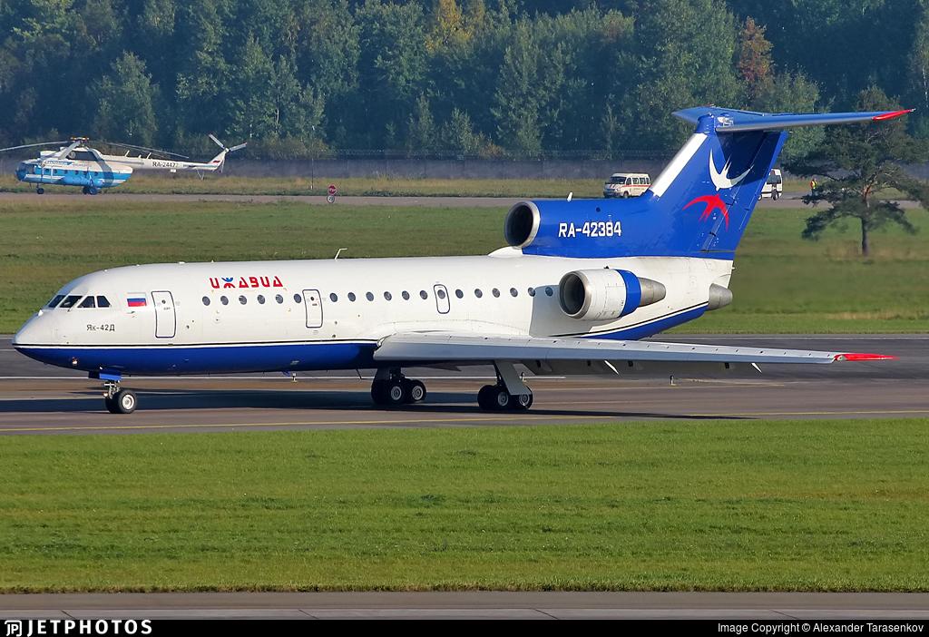 RA-42384 - Yakovlev Yak-42D - Izhavia