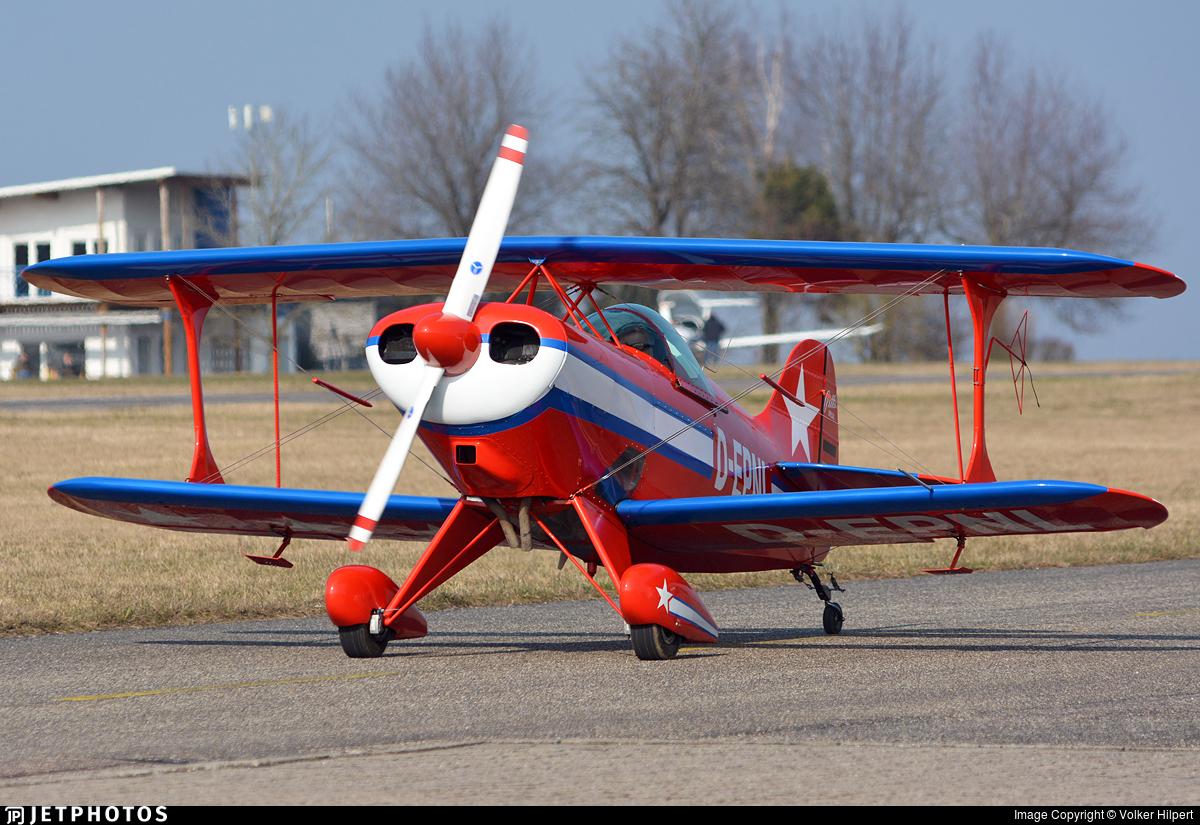 D-EPNL - Pitts S-1E - Private