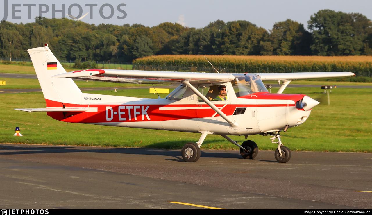 D-ETFK  - Reims-Cessna F152 II - TFC-Käufer Flugbetrieb