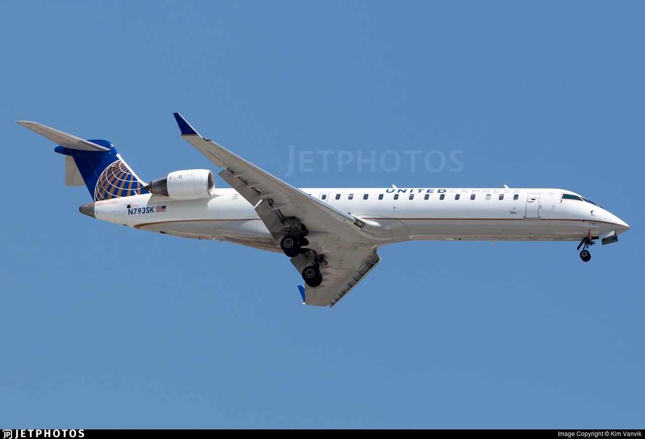 N793SK - Bombardier CRJ-701ER - United Express (SkyWest Airlines)