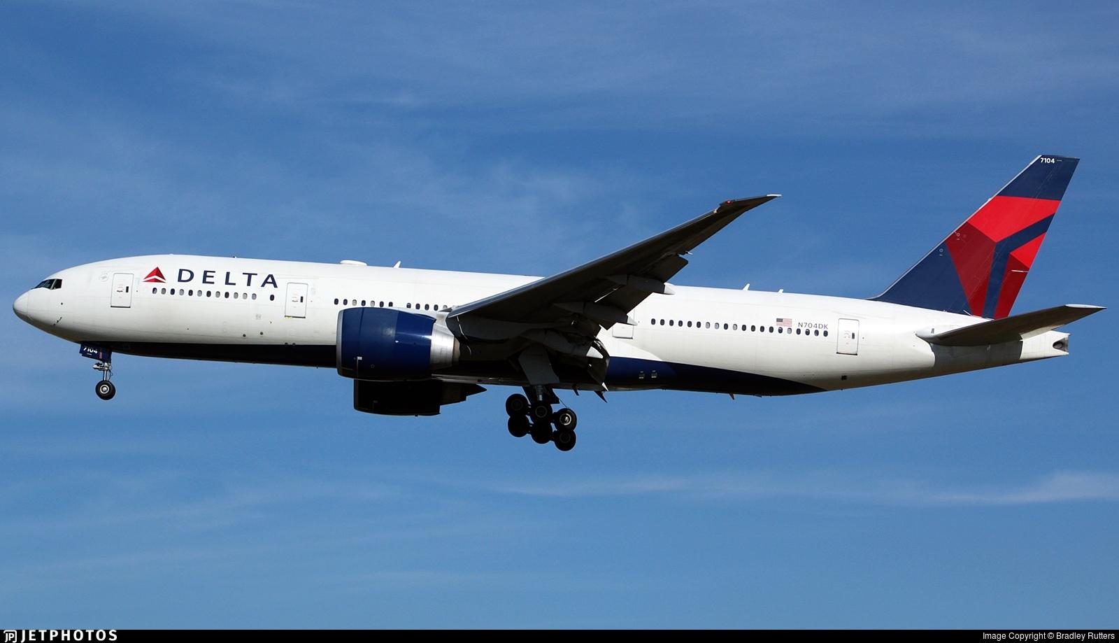 N704DK - Boeing 777-232LR - Delta Air Lines