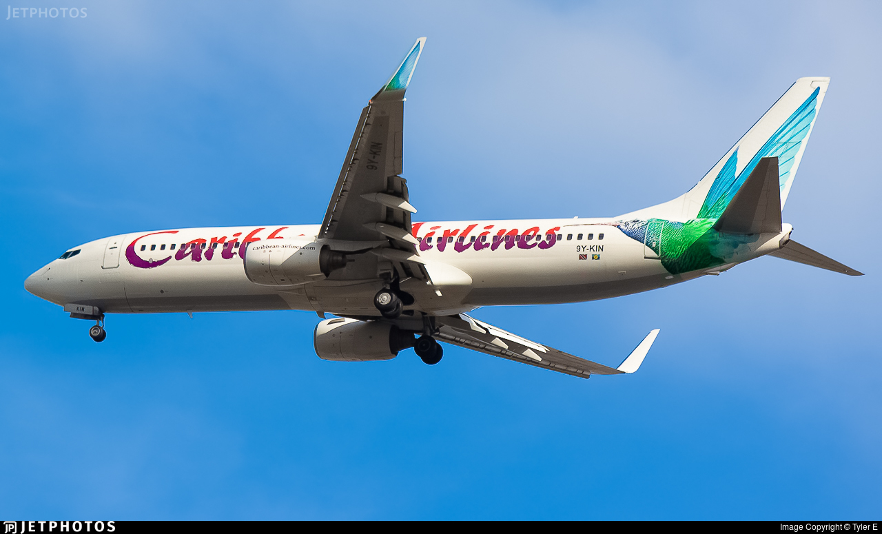 9Y-KIN - Boeing 737-8Q8 - Caribbean Airlines