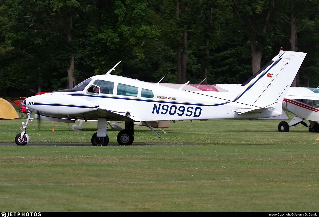 N909SD - Cessna 310F - Private