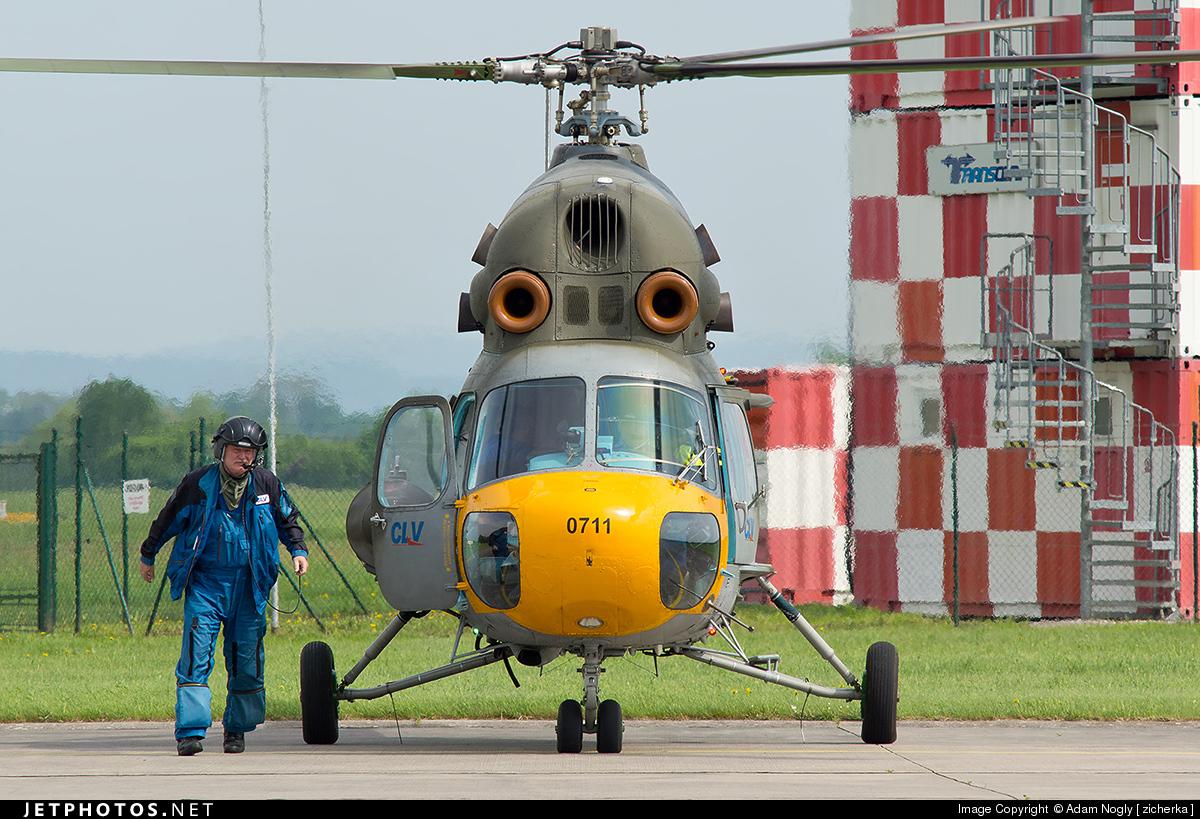 0711 - Mil Mi 2 - Czech Republic - Air Force