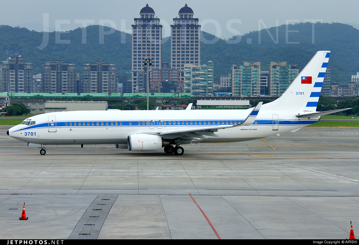 3701 - Boeing 737-8AR - Taiwan - Air Force