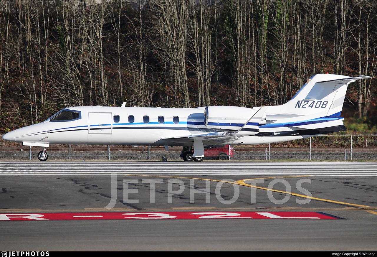 N240B - Bombardier Learjet 31A - Private