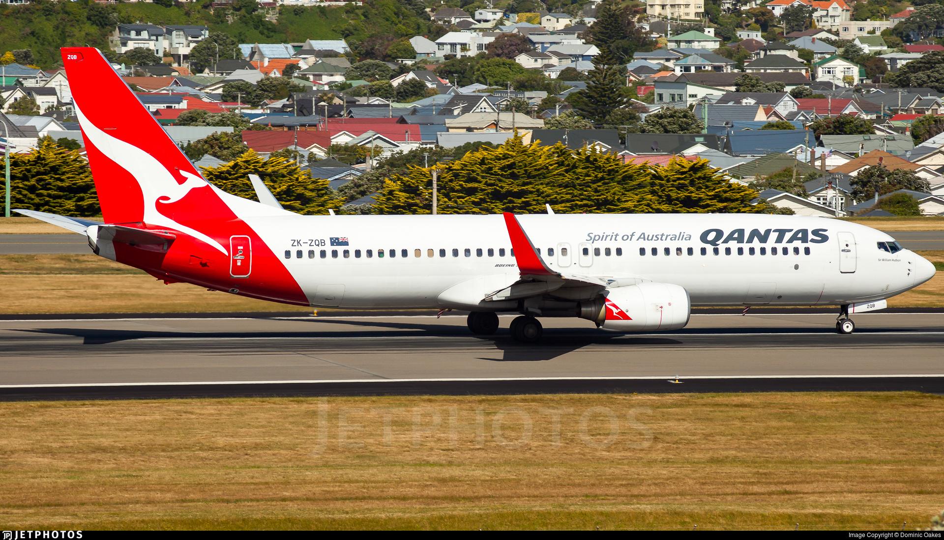 ZK-ZQB - Boeing 737-838 - Qantas (Jetconnect)