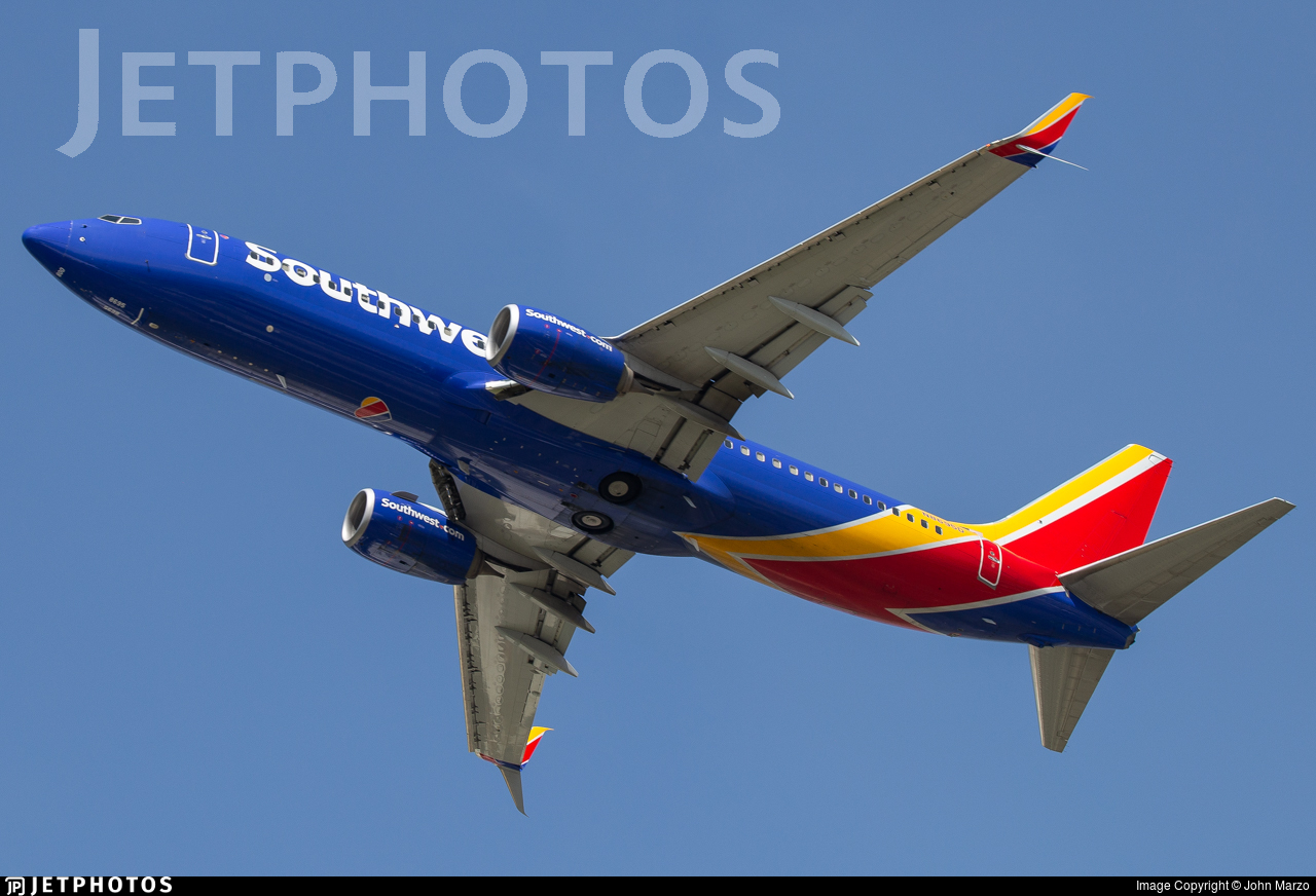 N8695D - Boeing 737-8H4 - Southwest Airlines