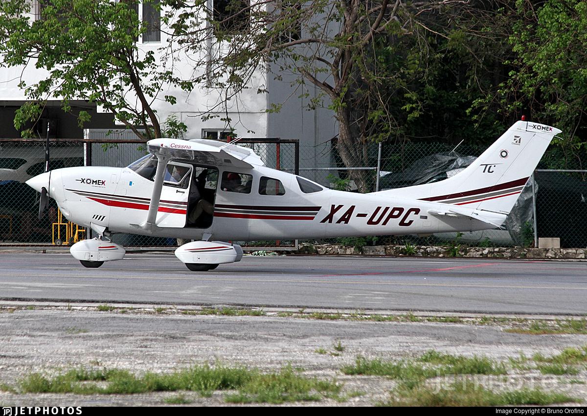 XA-UPC - Cessna T206H Stationair TC - XOMEX Transportes Aéreos