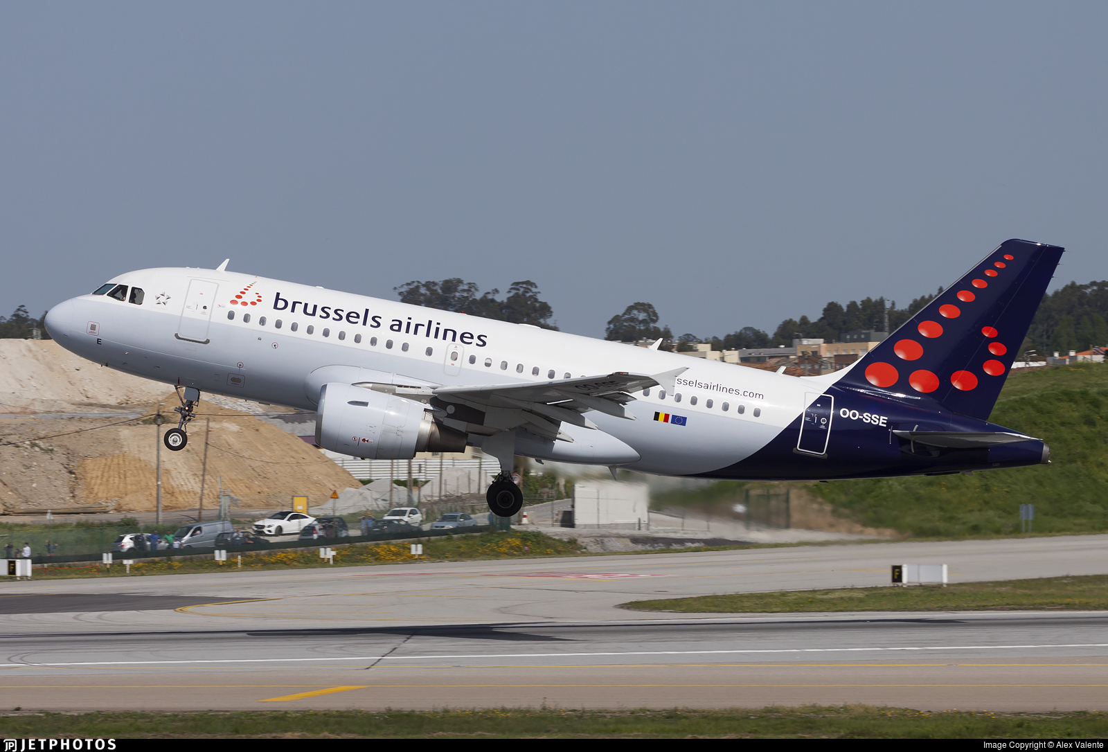 OO-SSE - Airbus A319-112 - Brussels Airlines