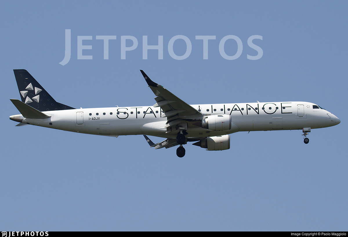 I-ADJV - Embraer 190-200LR - Air Dolomiti
