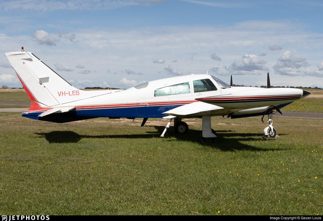 VH-LEB - Cessna 310R - Private