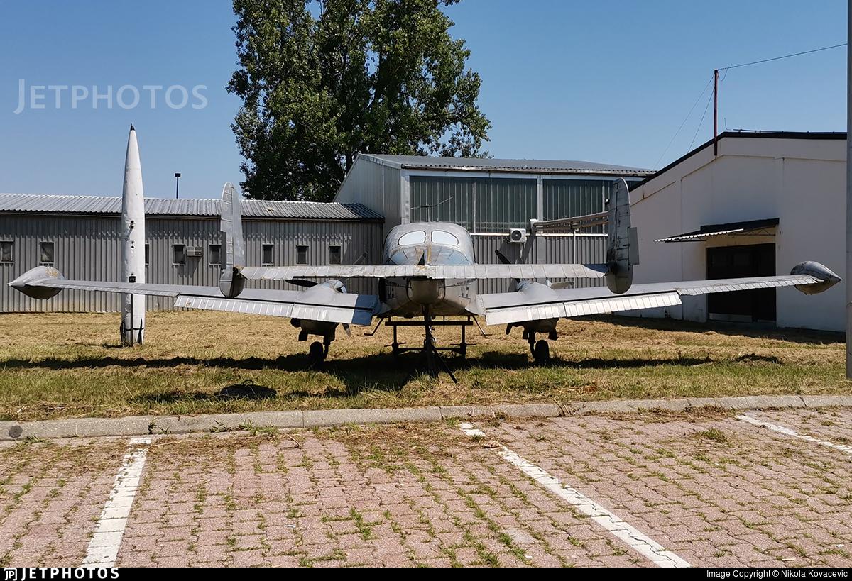 - Let L-200 Morava - Untitled