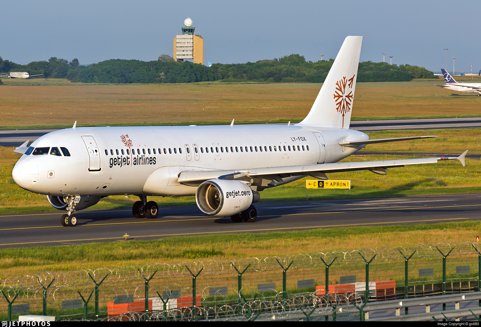 Get Jet Airlines