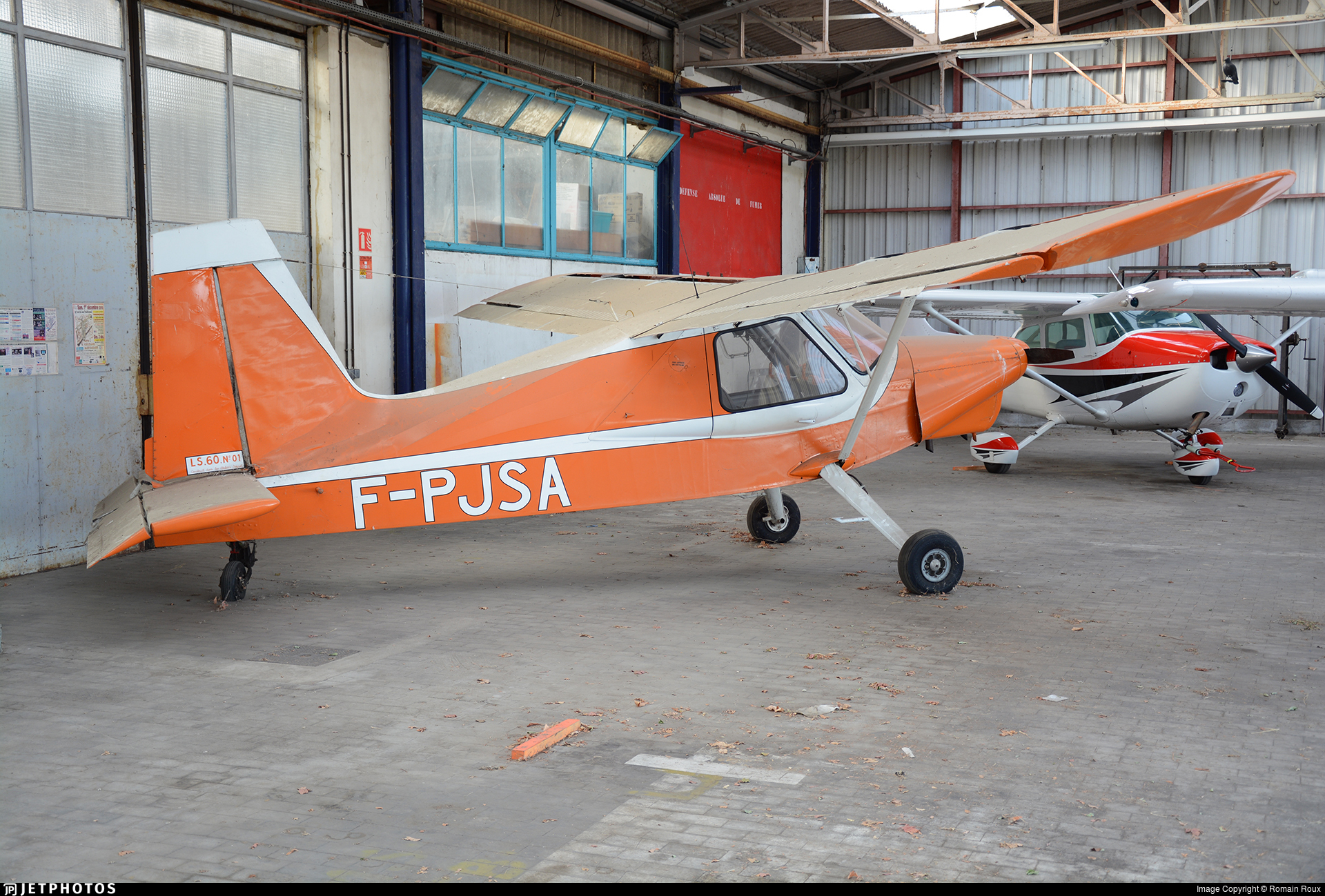 F-PJSA - Legrand Simon LS-60 - Private
