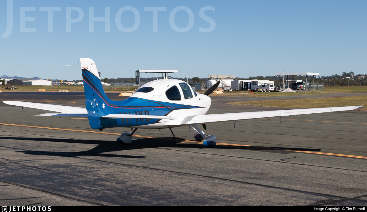 VH-IXB - Cirrus SR22 - Private