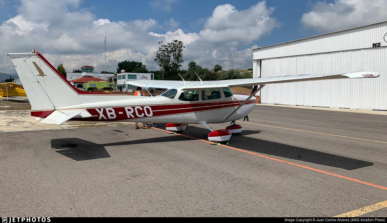XB-RCO - Cessna 172L Skyhawk - Private