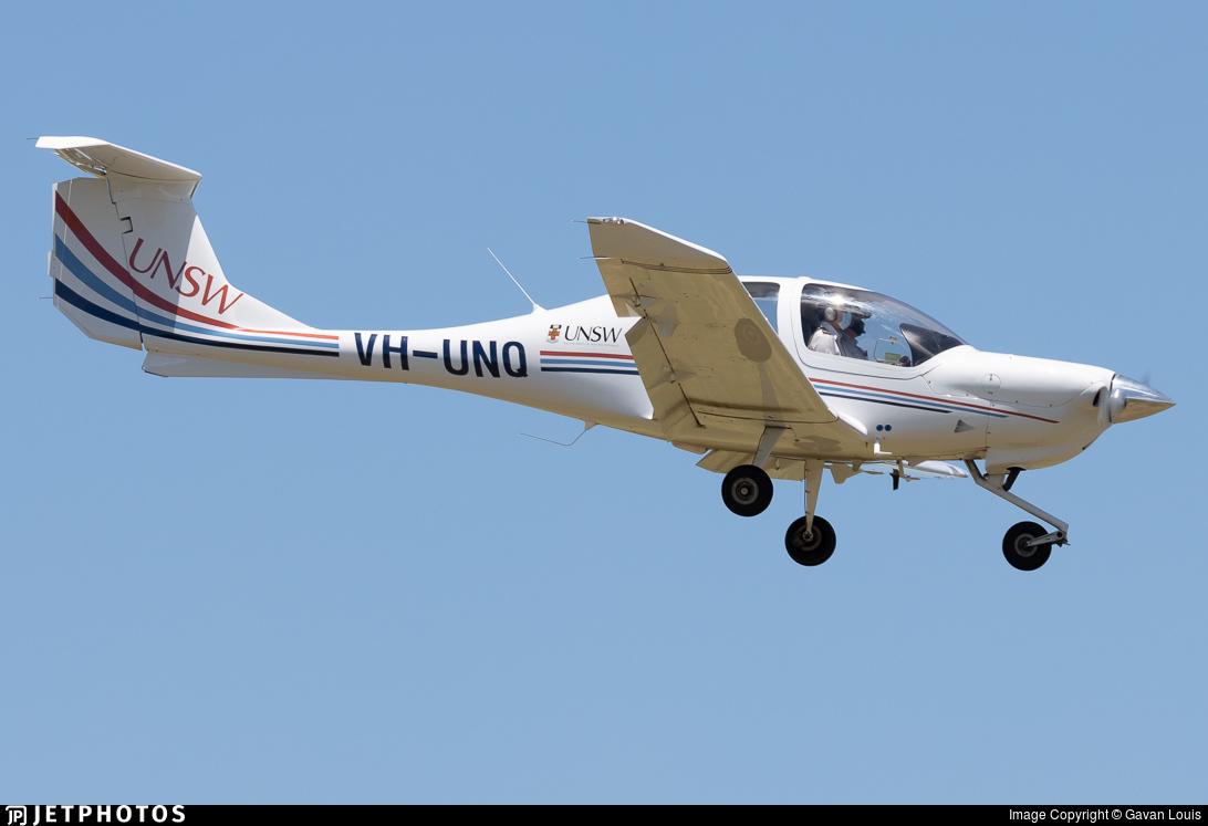 VH-UNQ - Diamond DA-40 Diamond Star - University of New South Wales