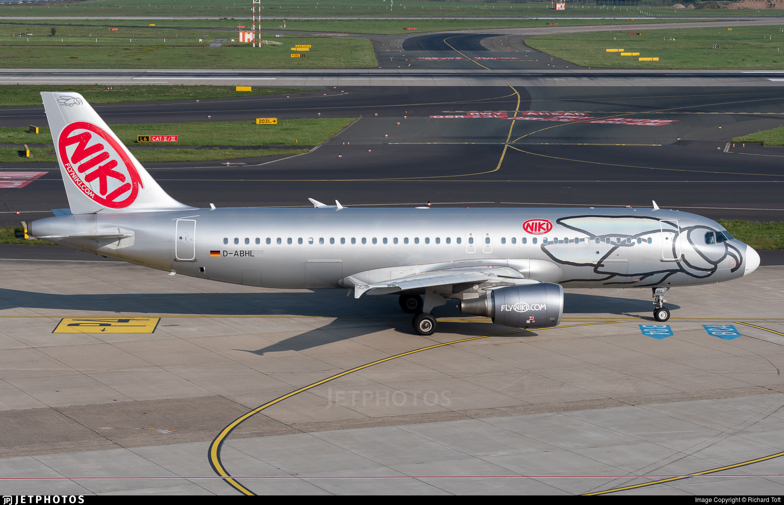 D-ABHL - Airbus A320-214 - Air Berlin