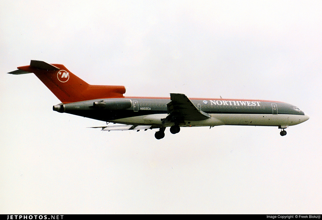 N802EA - Boeing 727-225(Adv) - Northwest Airlines