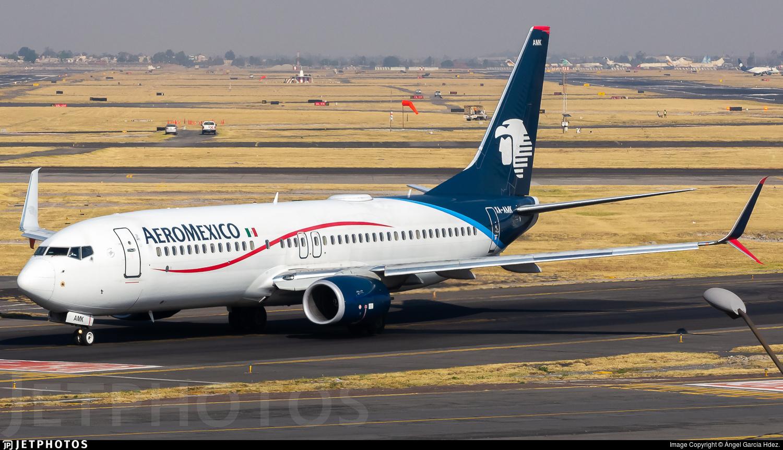XA-AMK - Boeing 737-852 - Aeroméxico
