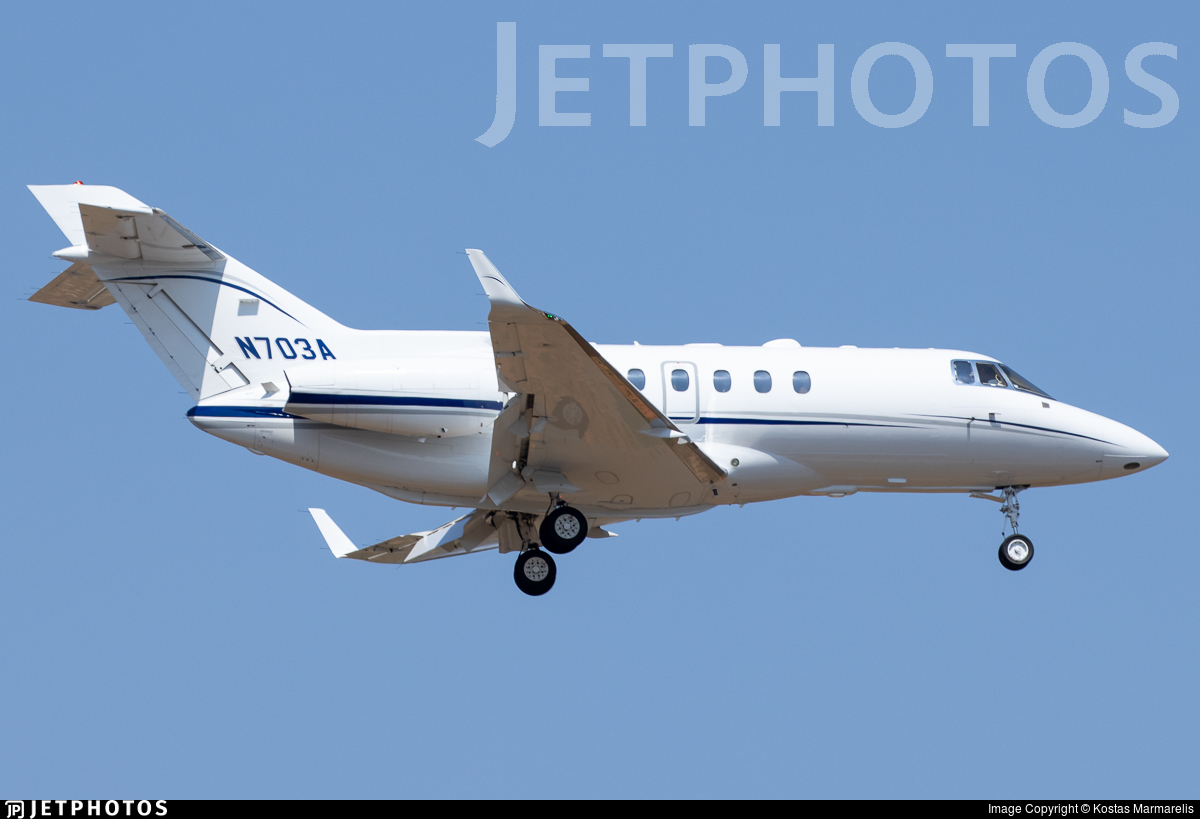 N703A - Raytheon Hawker 900XP - Private
