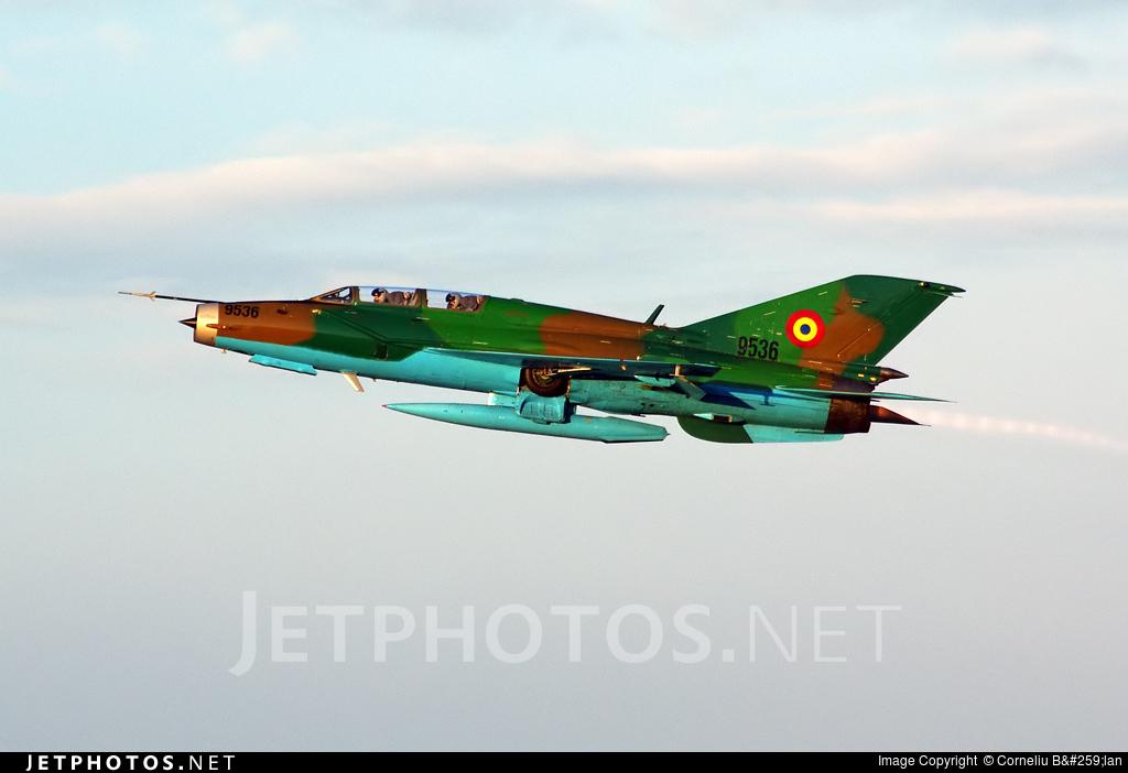 9536 - Mikoyan-Gurevich Mig-21UM Lancer B - Romania - Air Force