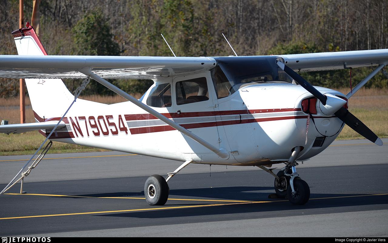 N79054 - Cessna 172K Skyhawk - Private