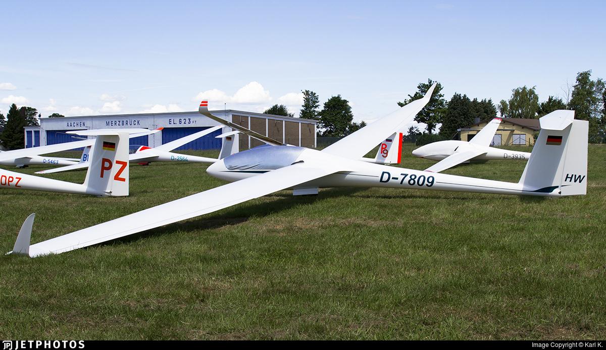 D-7809 - Rolladen Schneider LS-8 - Private