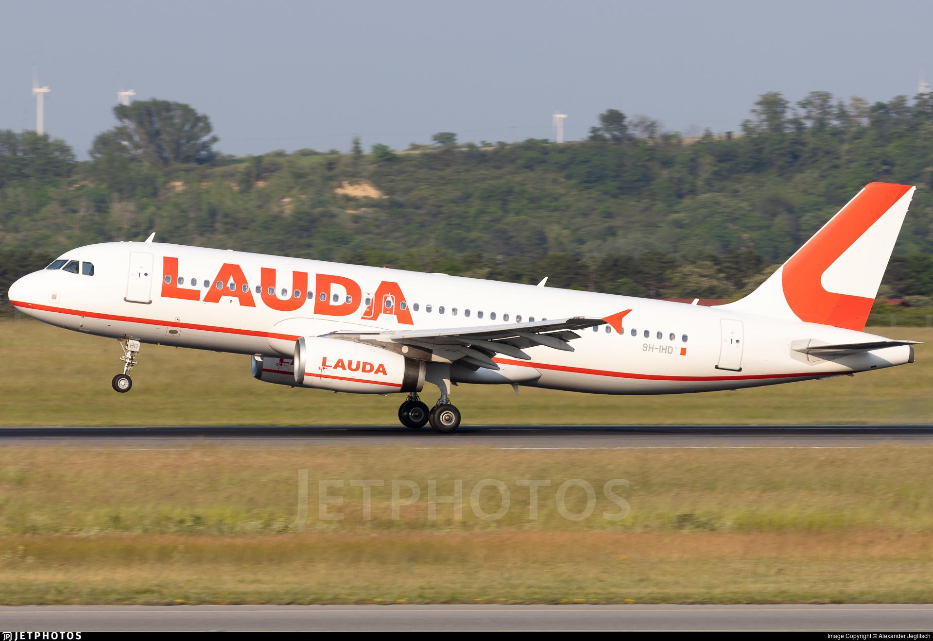 9H-IHD - Airbus A320-232 - Lauda Europe
