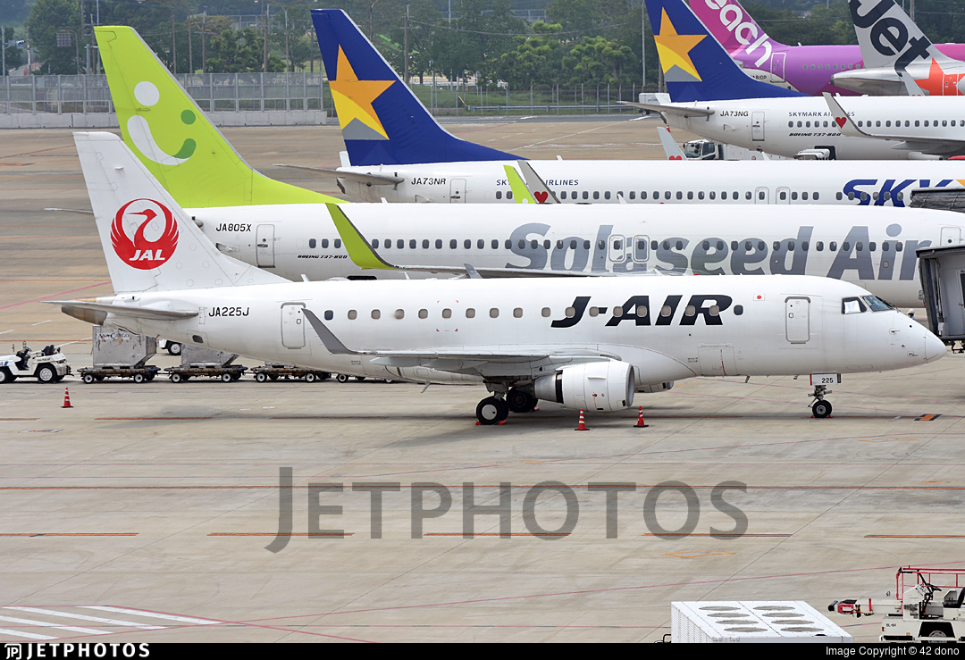 JA225J - Embraer 170-100STD - J-Air