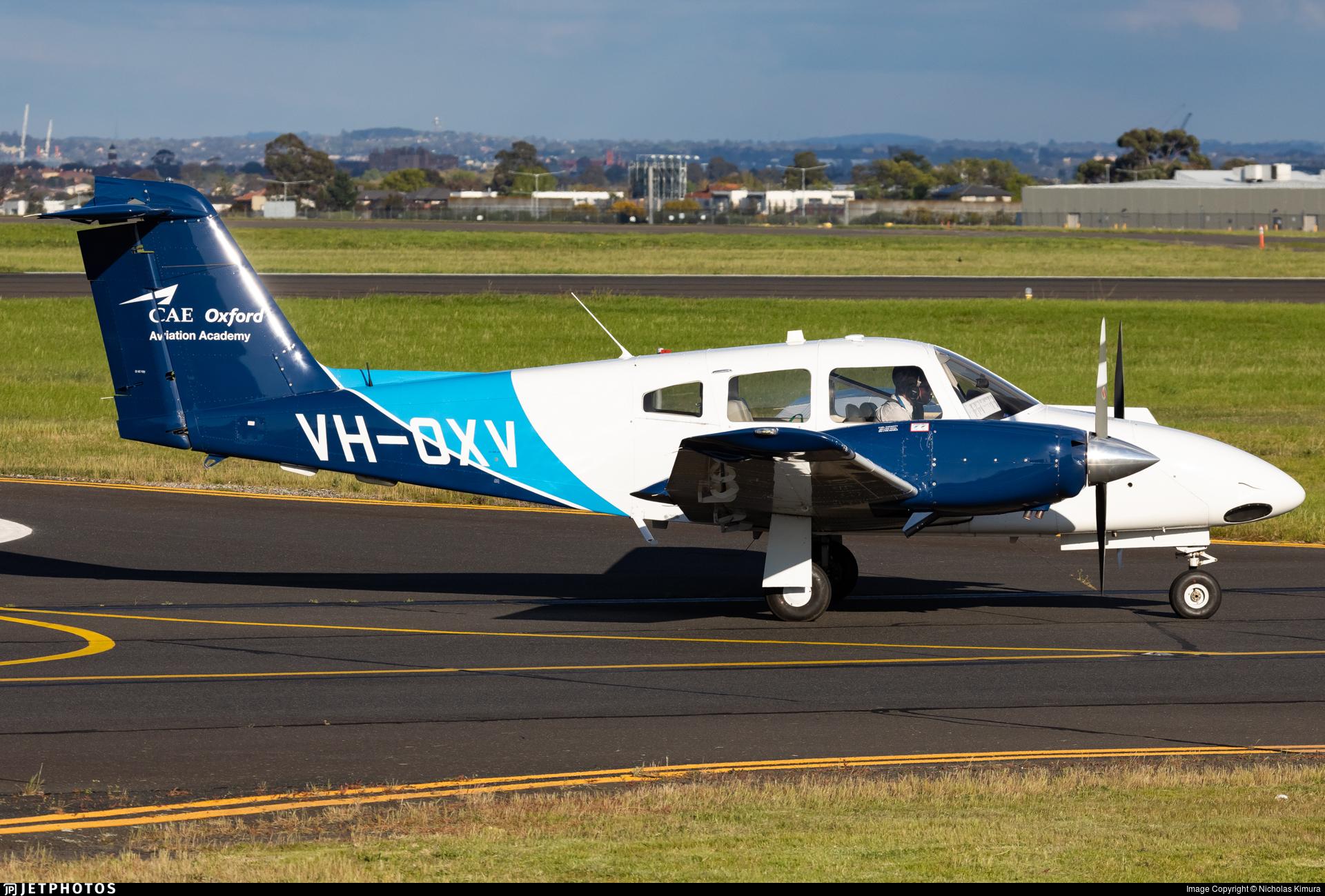 VH-OXV - Piper PA-44-180 Seminole - CAE Oxford Aviation Academy