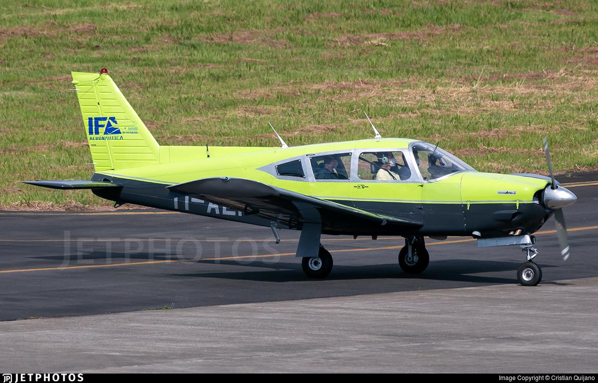 TI-AEI - Piper PA-28R-200 Cherokee Arrow II - Instituto de Formación Aeronáutica (IFA)