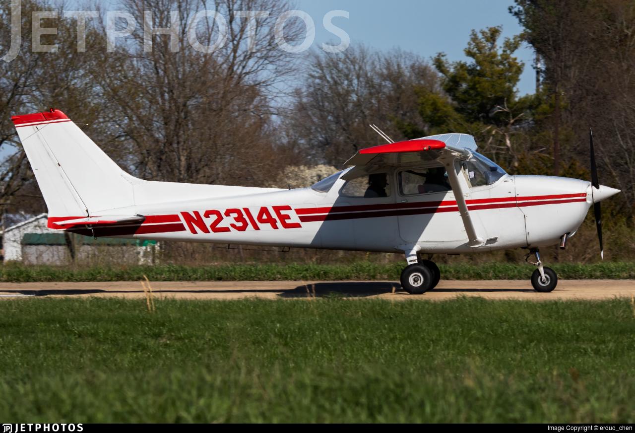 N2314E - Cessna 172N Skyhawk - Private