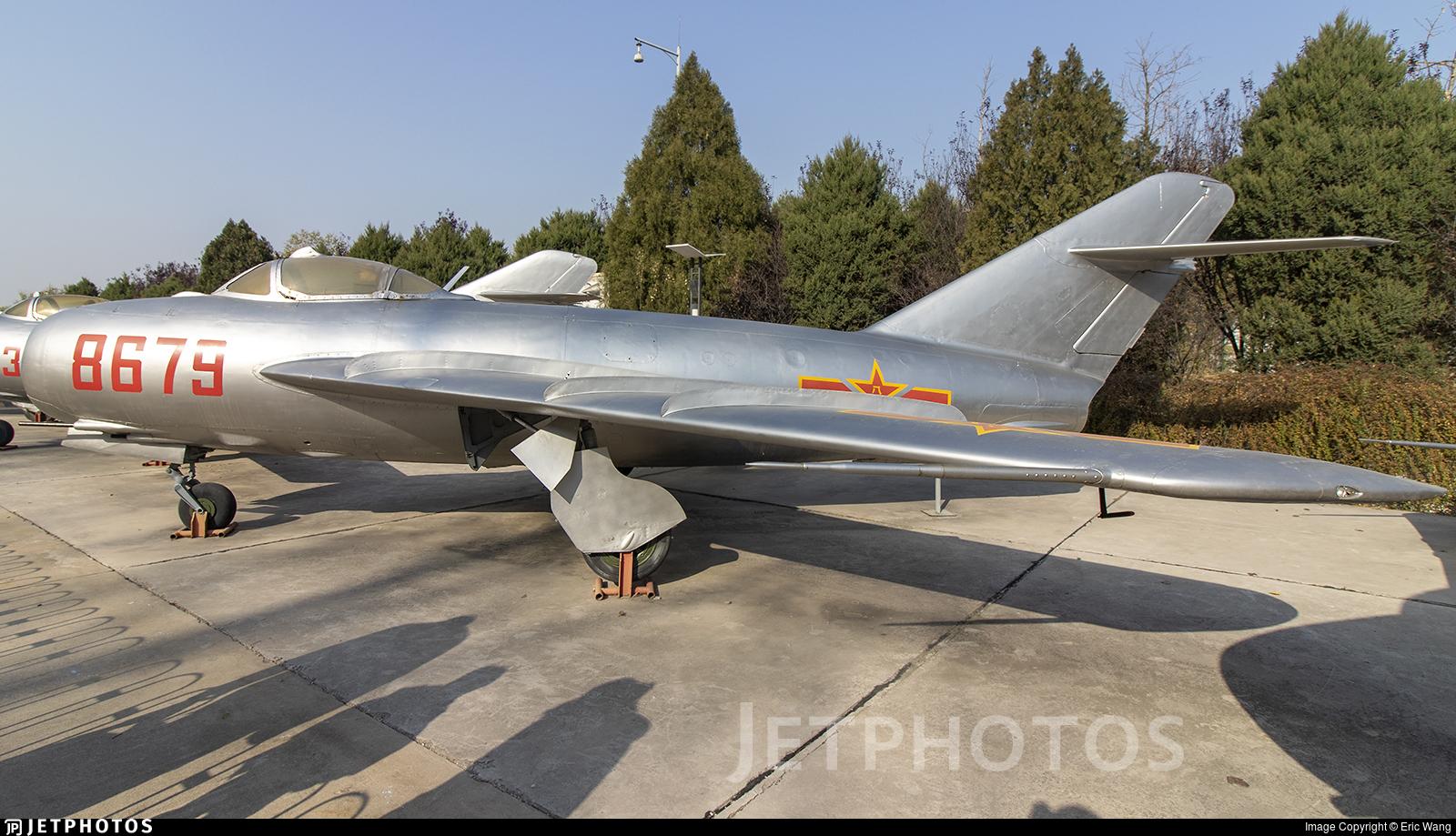 8679 - Shenyang J-5 - China - Air Force